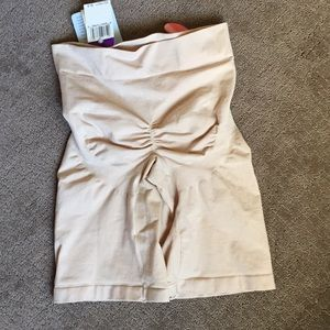 Barely There Intimates & Sleepwear - Barely There form control thigh shaper. Size 2XL.